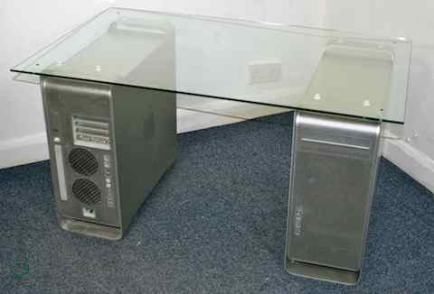 apple-powermac-g5-dual-coffee-or-reception-table-[2]-16-p.jpg